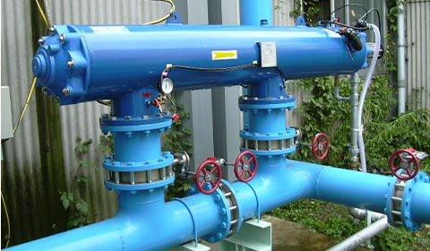 化学工場における配管内の錆・シリカ成分・砂・珪藻類等の異物除去
