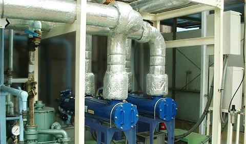 化学工場におけるプラスチック成型押出冷却ラインの冷却循環水に混入しているPVC切削カス及び珪藻類等の異物除去