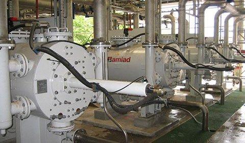 石油工場におけるRO膜の前処理に使用、目詰まりしていた既存ストレーナーの代替