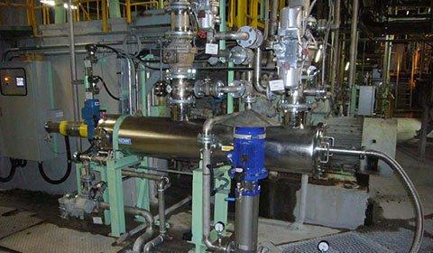 製紙工場における節水対策を目的に、2次白水ろ過装置として導入。節水を達成しながらマシンの安定操業に大きく貢献